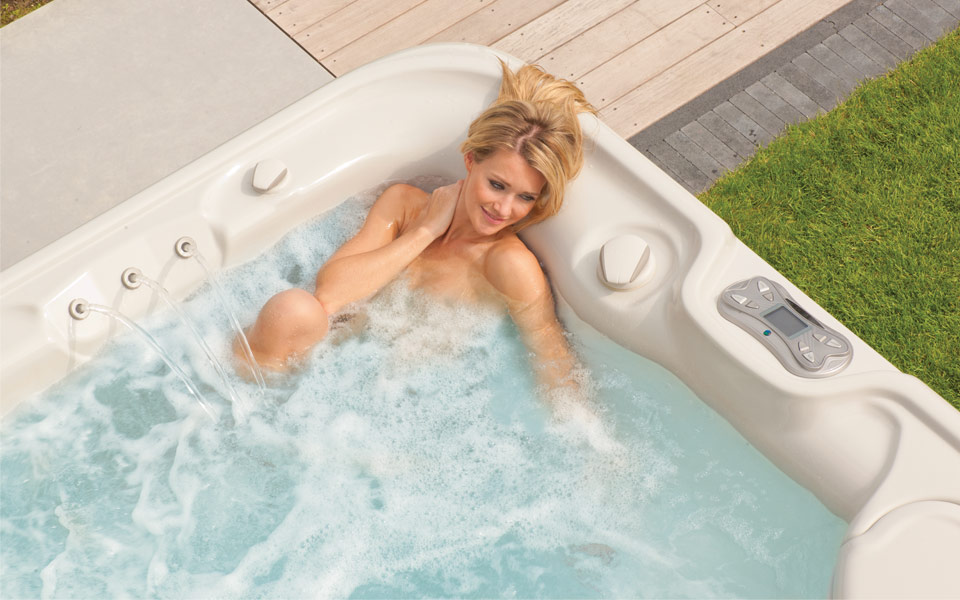 hotspring spa spa jacuzzi hottub spa's